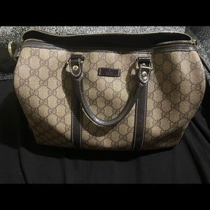 Authentic leather Gucci Dr. Bag.❤️